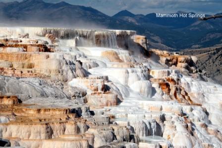 Mammoth_Hot_Springs_Terraces_27-09-2015_13-56-44.JPG