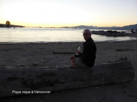 Vancouver_Marine_Drive_Beach_11-09-2015_18-48-30.JPG