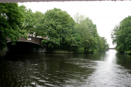 Hambourg_Les_canaux_IMG_4280_26-05-2013_13-57-56.JPG
